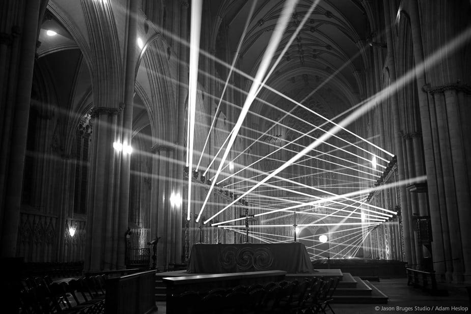 sử dụng Cinema 4D để trình diễn ánh sáng